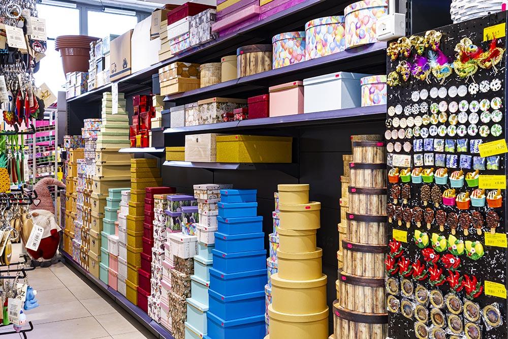 We Shop - Articoli per il fai da te, cassette in legno, carte colare e scatole